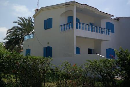 Belle Villa à plage David - Mohammédia - House