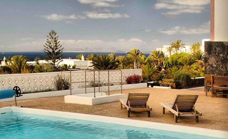 Exclusive apartment with private pool - Puerto Calero - Apartment