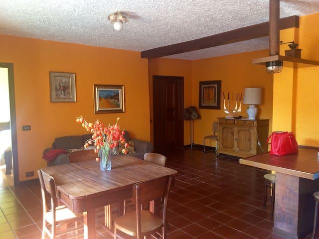 Appartamento Borgo Val di Taro - Borgo Val di Taro - Apartamento