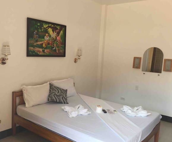 A. Rodriguez Lodge: Your budget-friendly place!