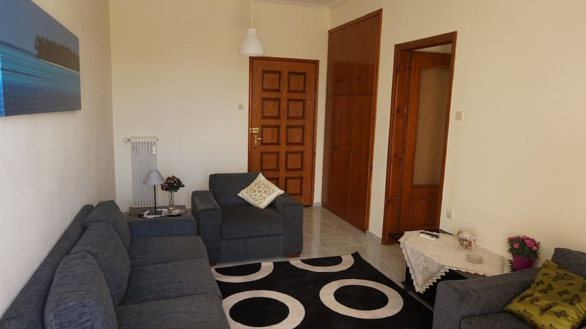 Elegant apartment near the beach - Nea Agchialos - Apartamento