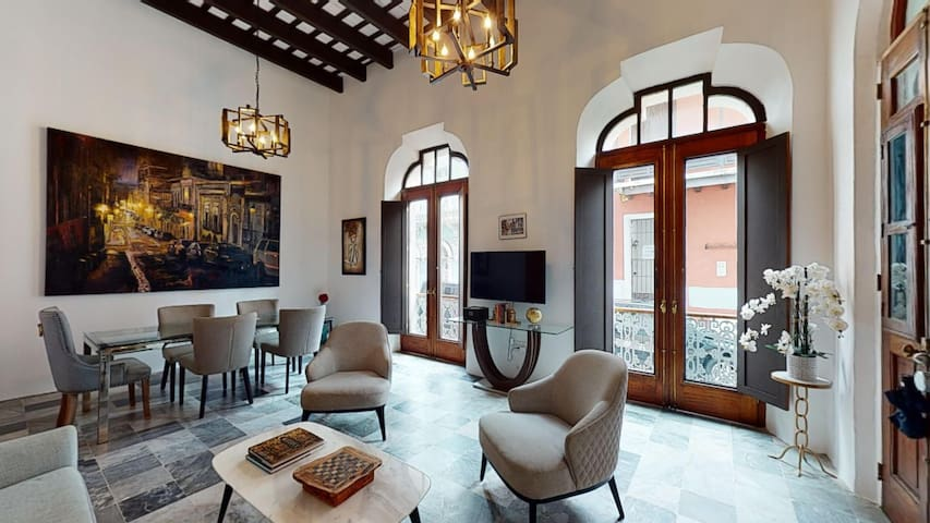 Artsy Apartment in Old San Juan