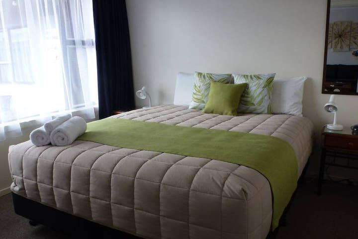 ASURE Adcroft Motel, 2 bedroom motel room
