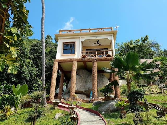 Moonstone Villa, Best View Haad Rin