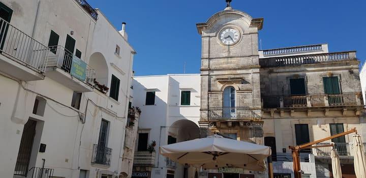 """Alloggio turistico """"Clock Room"""""""