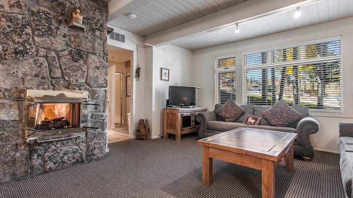 Slope Side 1BD condo in Snowmass Village