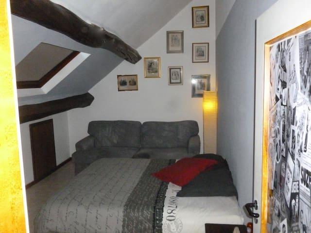 Chambre confortable au coeur d'Andenne
