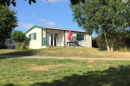 Cottage dans Village vacances et nature - Sulniac - Almhütte