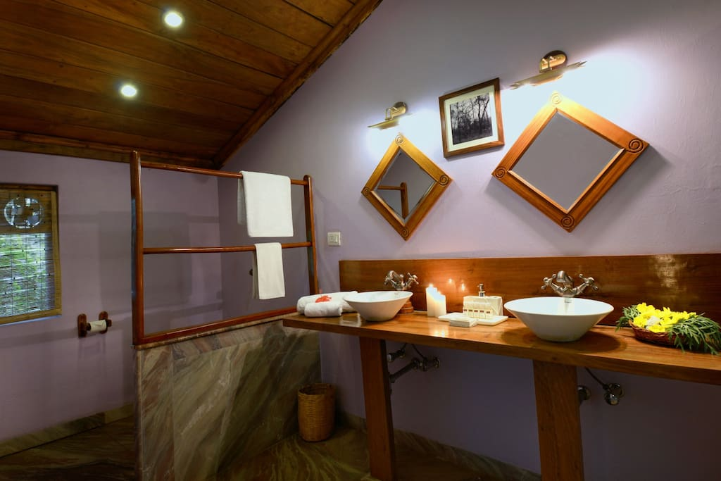 Washroom - Luxury Tent