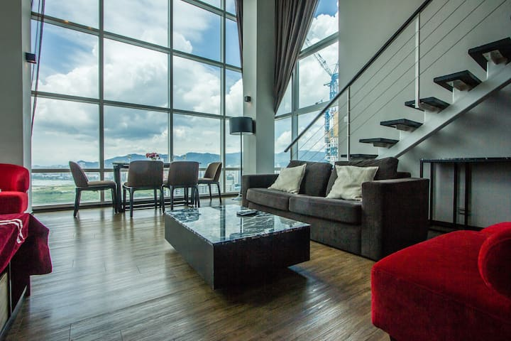 Deluxe Duplex Maritime waterfront by Summertime
