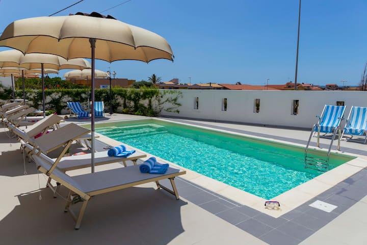 Bellissimo Appartamento con piscina 200m dal mare