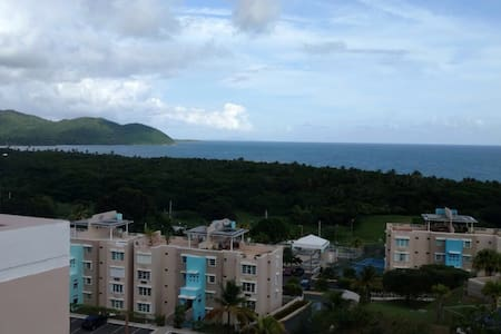 Ocean View Penthouse/Villas del Faro Resort - Maunabo - อพาร์ทเมนท์