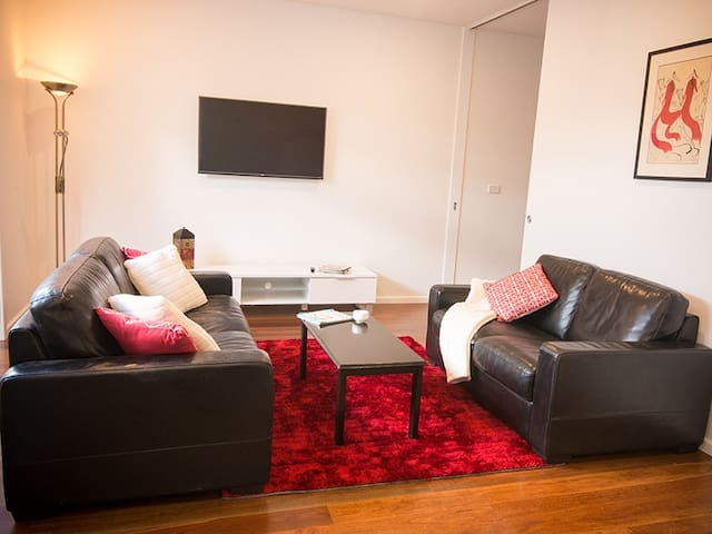The Nook Studio Apartment - NEW - Kingsville - Huoneisto