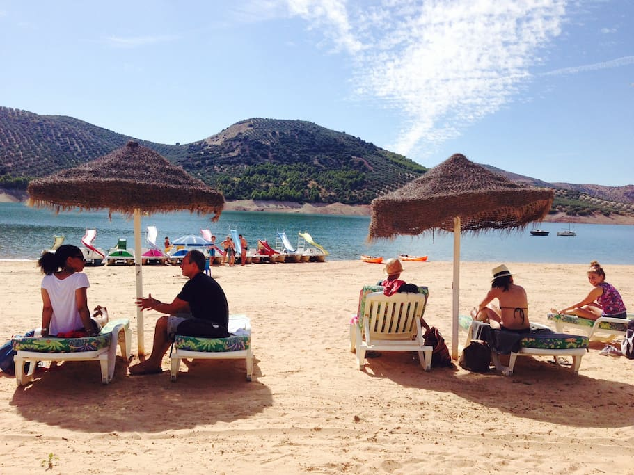 Iznajar beach and lake, just a few minutes away