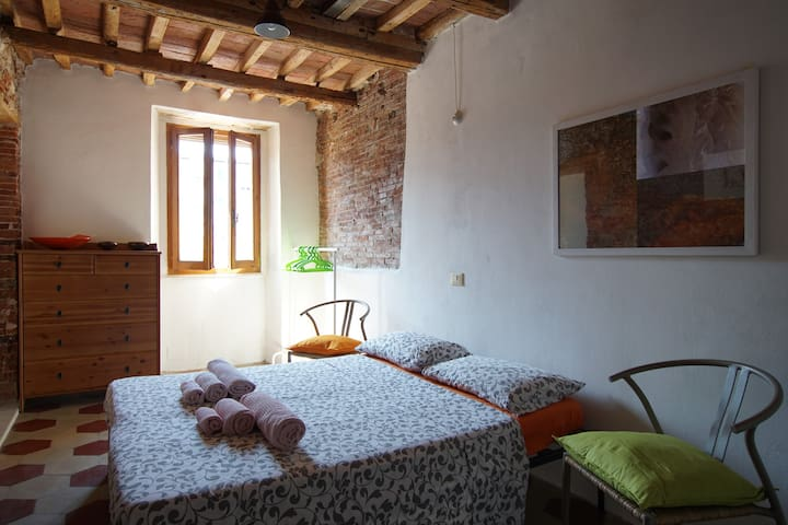 Double room in the center of the town