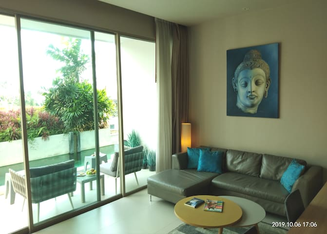 Karon Ark Direct Pool Access 1BDR/Studio, 81sq.m.