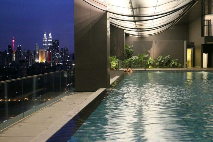 Fantastic 5 star 2BR Modern Condo near KL City - Kuala Lumpur - Byt