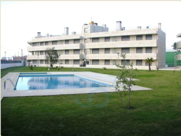T3 com piscina em frente à praia - Chafé - Apartment