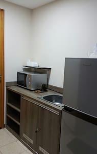 Cozy Studio Apartment @ CentroCity - West Jakarta - Daire