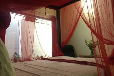 Ubud Nest: Kingfisher Queen Ensuite - Ubud