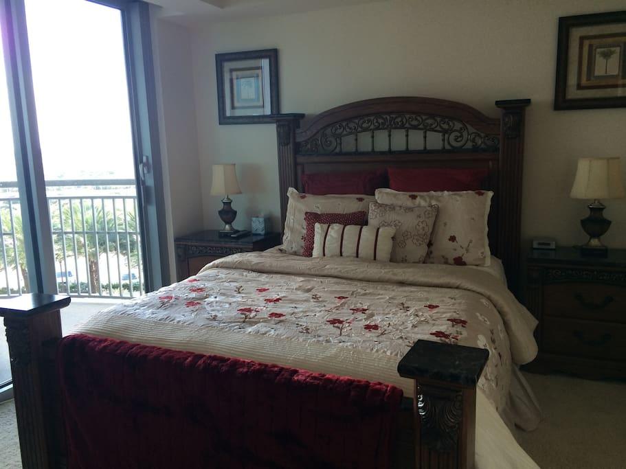 guest bedroom and 2nd balcony queen bed
