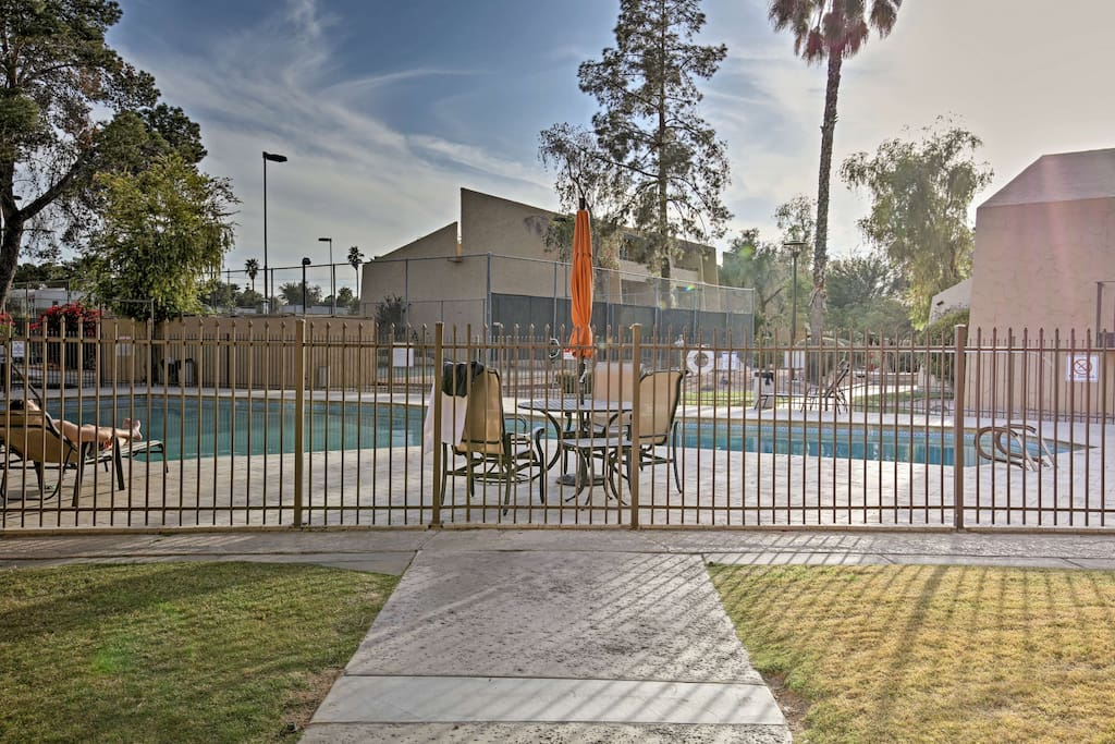 You'll love soaking up the Arizona sun by the community pool and hot tub.
