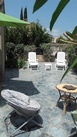 Maison de charme 5mn de la mer,clim - Venzolasca - Huis
