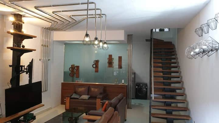 The Foundry - One bedroom Ultramodern Apartment