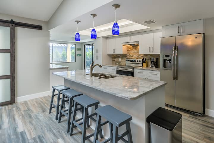 Completely Remodeled! Walk to the Tigertail Beach!