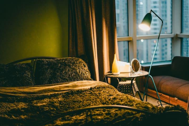 客房2 直角大飘窗