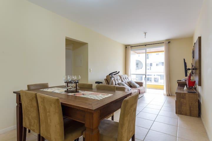 Ótimo apartamento na praia !!! - Florianópolis - Apartamento