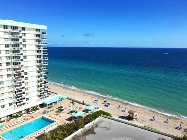 Hollywood Beach on One Bedroom