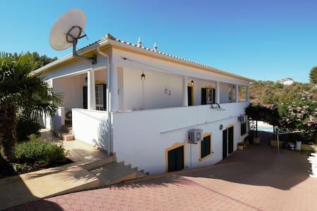 Villa alcantarilha rivera portugaise - Alcantarilha - House