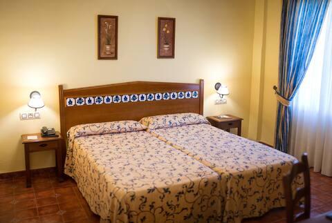 Habitación doble - Hotel Cortijo de Tájar