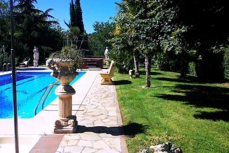 Chalet cerca de Logroño Villa Mayve - Albelda de Iregua