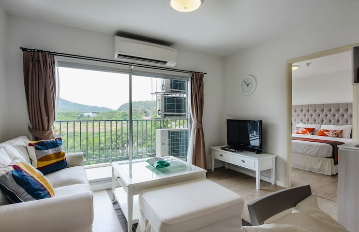 Cozy 2 Bdroom Beach Side Serviced Condo for Family - Hua Hin - Apartamento
