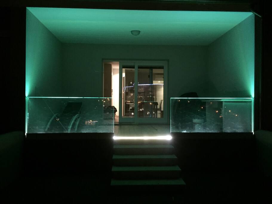 Ringhiere terrazzo in vetro con illuminazione led notturna