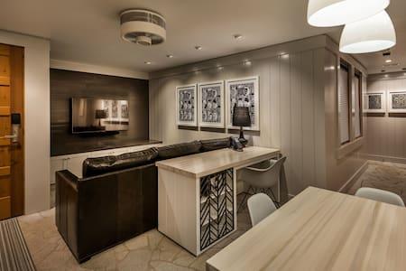 West Shore Luxury Cottage - 1 BDR - Homewood