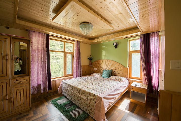 Soni Cottage in Peaceful Apple Orchard Room 8 - Manali - Hus