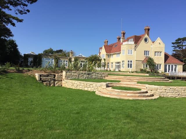 Haven Hall, Luxury Country House on the sea, wifi - Shanklin - House