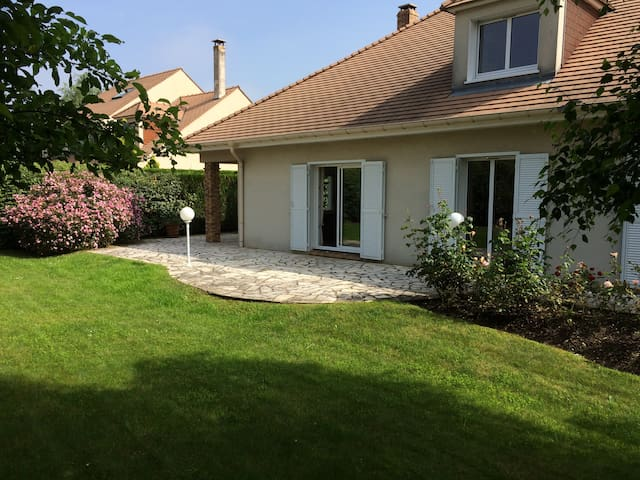 Villa exceptionnal verrouille 125eric - Vernouillet