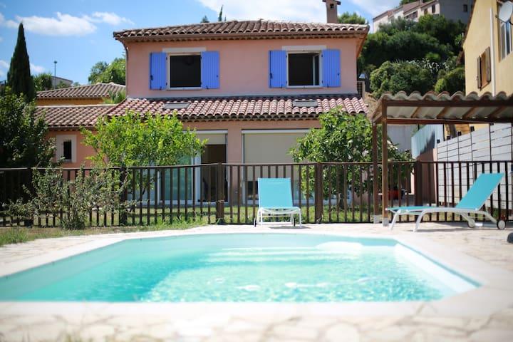 French Riviera Villa with private pool