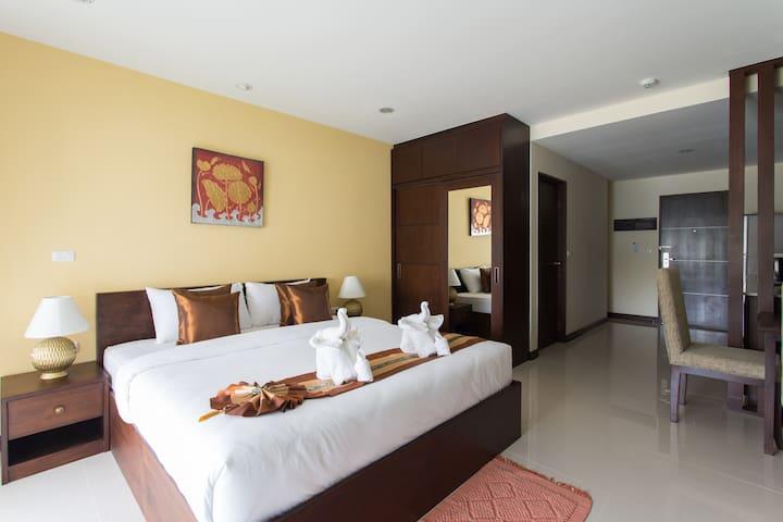 The Lai Thai Luxury Condominiums Studio 6