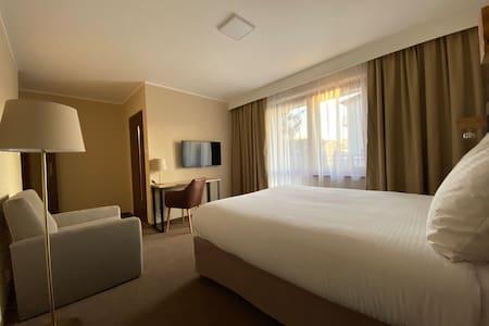 Pokój dwuosobowy z balkonem w Amber Blue****