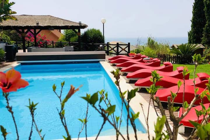 Villa mit 7 Schlafzimmern in Benalmádena mit herrlichem Meerblick, privatem Pool, eingezäuntem Garten - 3 km vom Strand entfernt