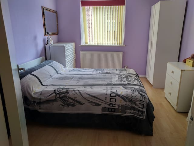Entire lovely one bedroom flat