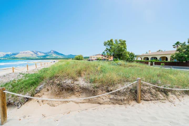 Holiday home on the sea – Casa Son Serra