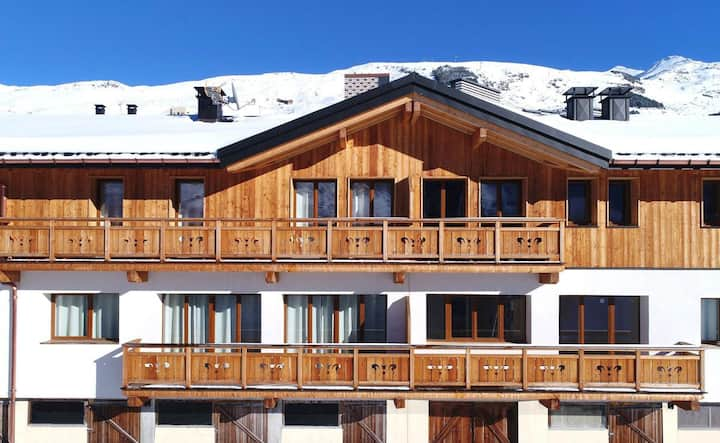 Spacious Inviting Chalet in Les Menuires