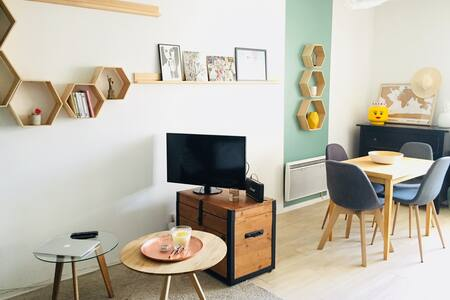 "Cozy apartment close to ""Vieux Lille"""