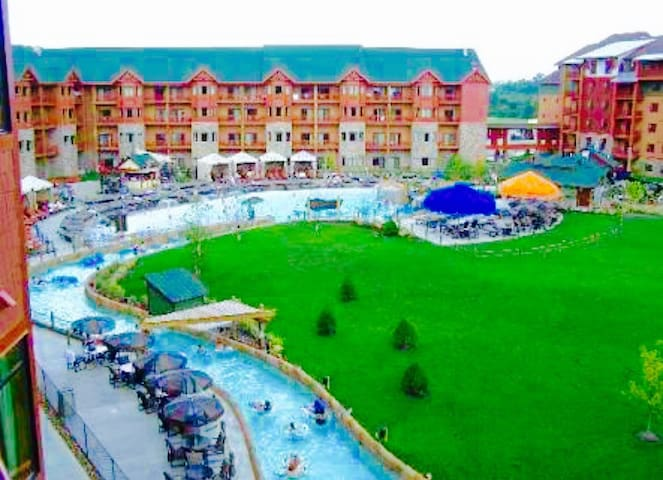 Christmas 1 BD at Great Smokies Lodge By Dollywood - Sevierville - Villa